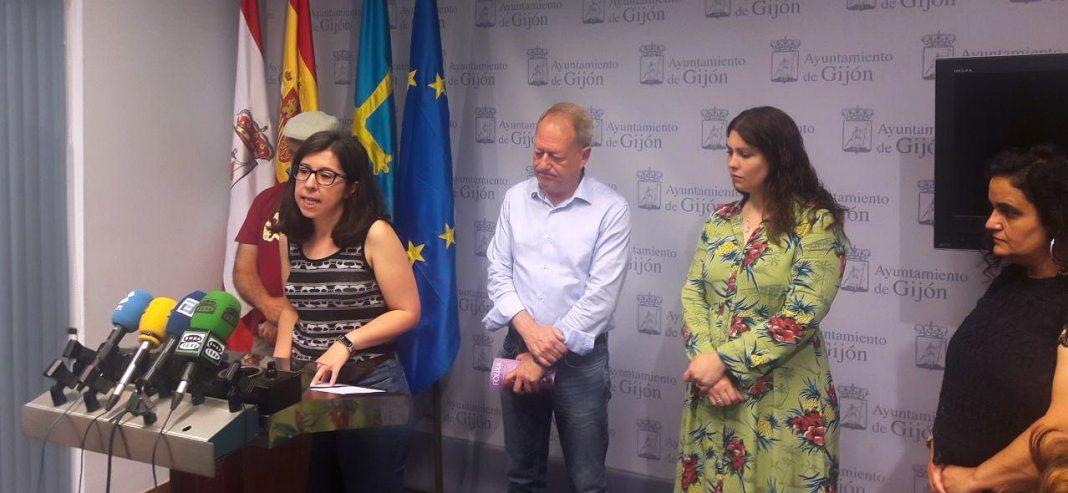 Alba González Sanz, en la rueda de prensa del Festival Aéreo