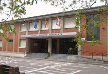 Fachada del colegio Jacinto Benavente