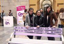 Las concejalas de Podemos-Equo Xixón en uno de los actos del día contra la Violencia Machista