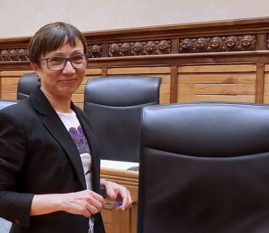 Yolanda Huergo en el salón de plenos