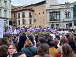 Manifestación del 8M en Uvieu