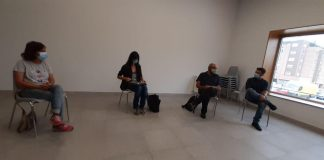 Reunión en la sede vecinal de Nuevo Roces